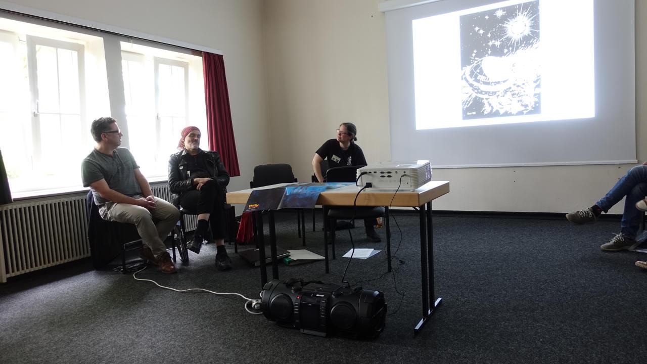 Olaf Brill, Karl Nagel, Verena Themsen (v.l.)